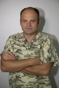 Implantolog Paweł Kośmiński 1